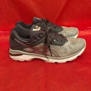 ASICS GT 2000 women's SZ 9.5 running shoes walking